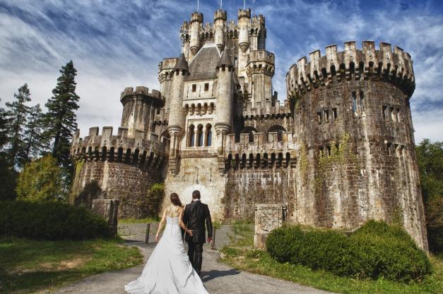 8 castillos para bodas de ensue o for Bodas de ensueno